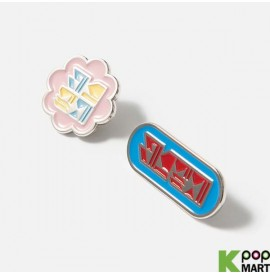 Red Velvet - TYPOGRAPHIC BADGE